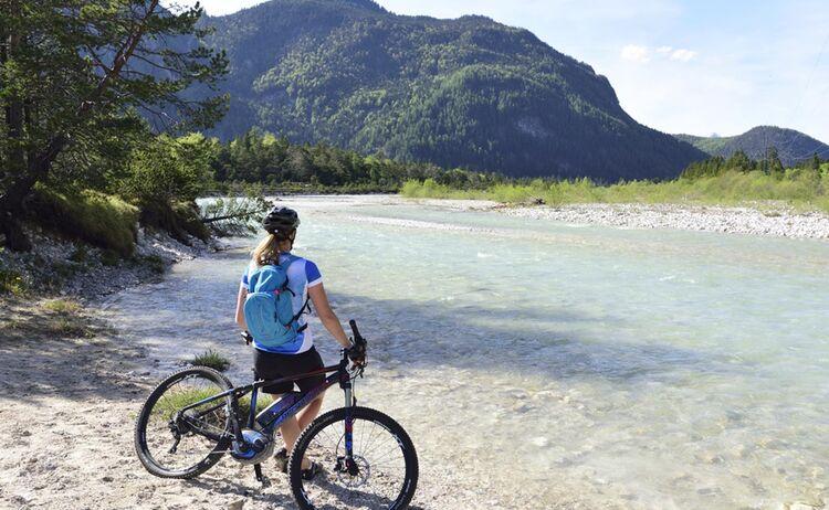 2 Alpenwelt Karwendel C Stefan Eisend Isar Pause