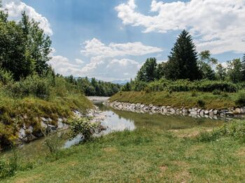 3 Toelzer Land Tourismus C Leonie Lorenz Isar Still 2018 8483