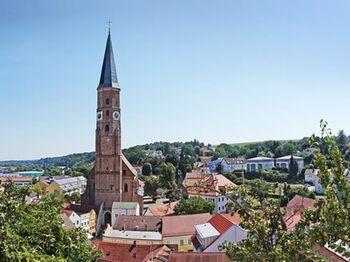 Highl Stadt Dingolfing Bild 2 C Werner Berthold Dingolfing