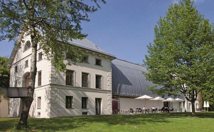 Schafhof Europ Isches K Nstlerhaus Oberbayern 1 Copy